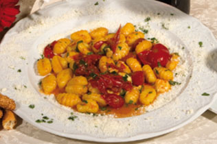 Gnocchi alla Sorrentina - Cin Cin Bar Restaurant & Cafe' - MILANO