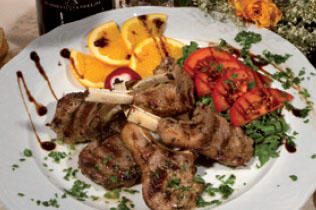 Costoletta di agnello alla griglia - Cin Cin Bar Restaurant & Cafe' - MILANO