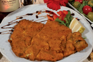 Cotoletta di vitello alla Milanese - Cin Cin Bar Restaurant & Cafe' - MILANO